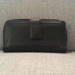 FOSSIL Black Soft Leather Tri-Fold Checkbook